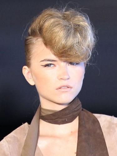 Wondrous Trending 8039S Prom Updos Amandawassie Short Hairstyles Gunalazisus